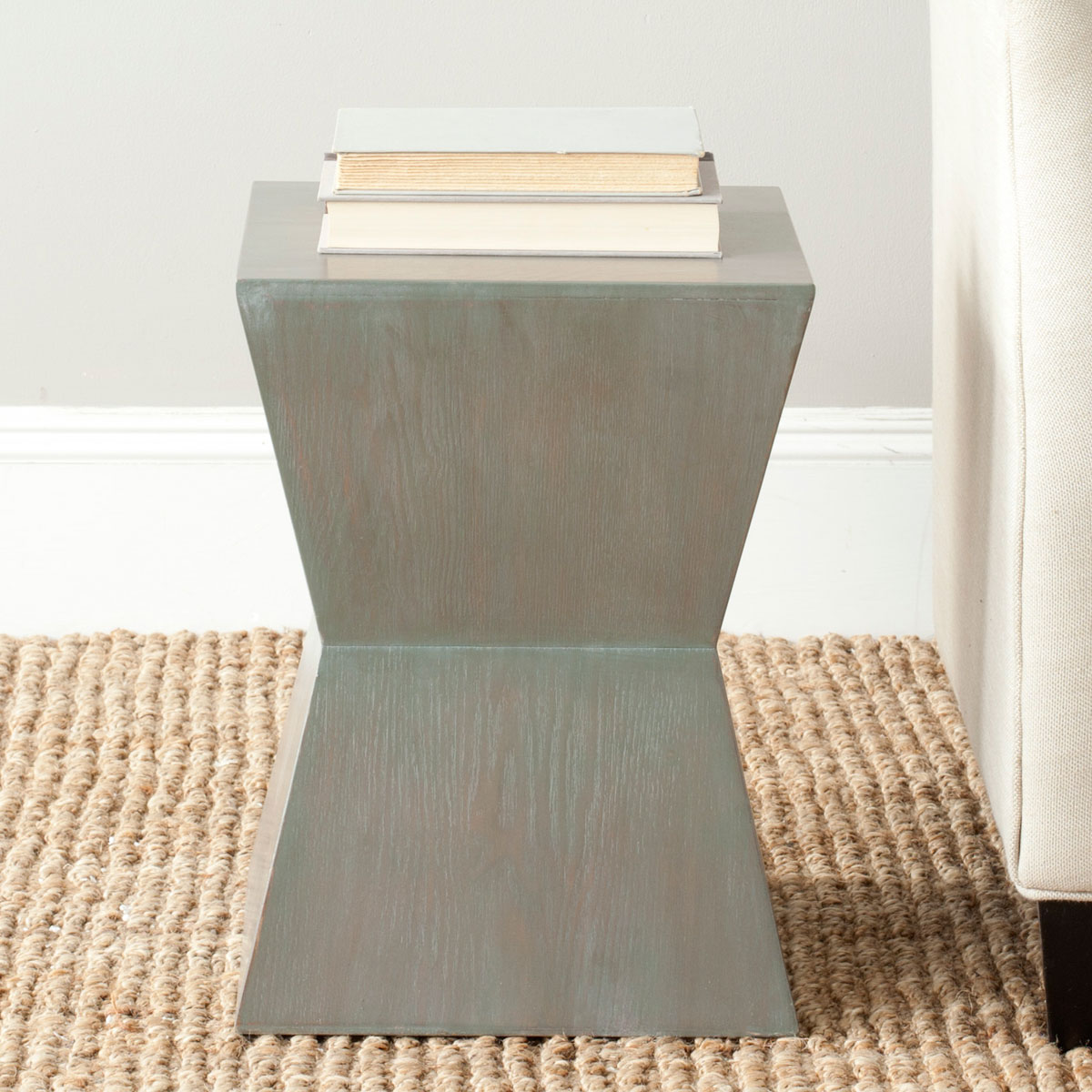 Amh6618a Accent Tables Furniture By Safavieh