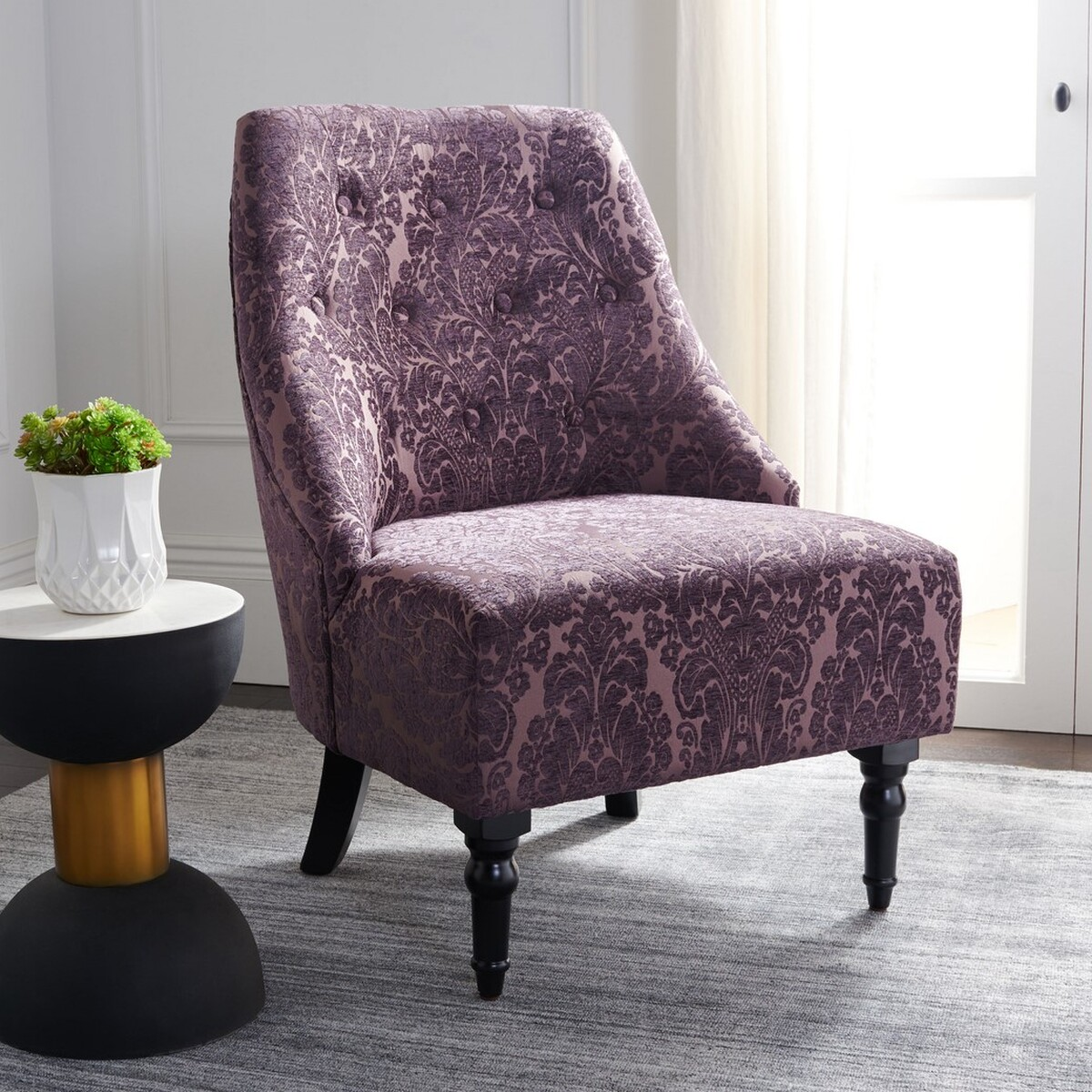 Ordinaire ACCENT CHAIRS