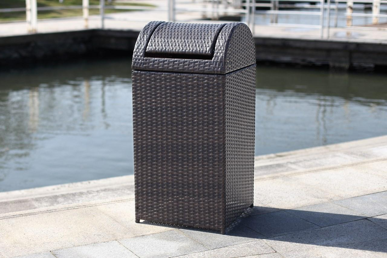 PAT2511A Trash Cans & Storage