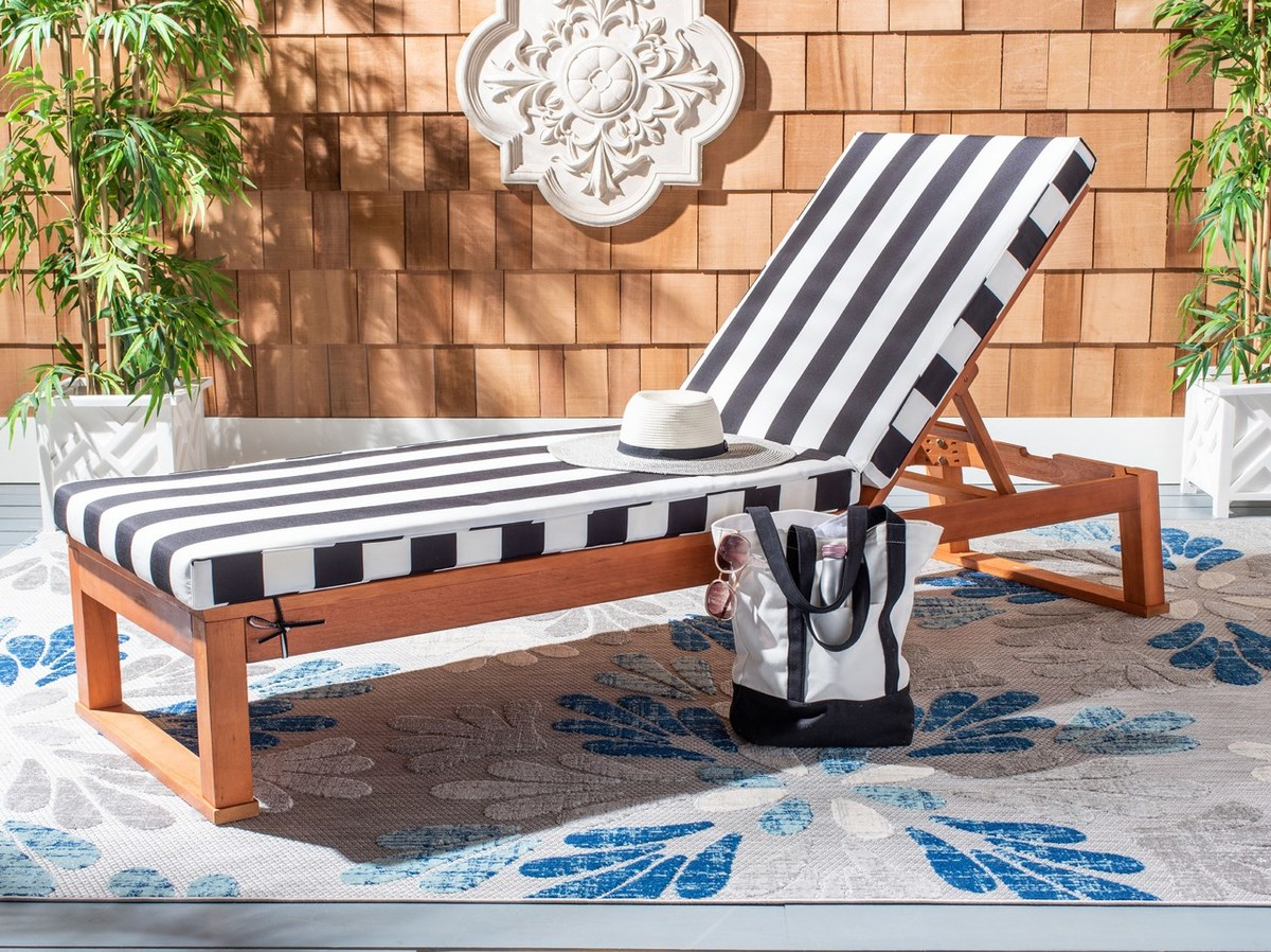 PAT7024F Outdoor Chaise Loungers - Furniture by Safavieh on Safavieh Outdoor Living Solano Sunlounger id=78573