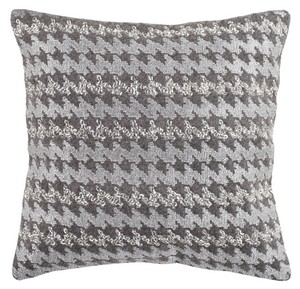 PERRY HOUNDS TOOTH PILLOW