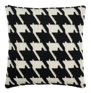 HANNE HOUNDSTOOTH Pillow Item: PPL250B Color: BLACK/WHITE