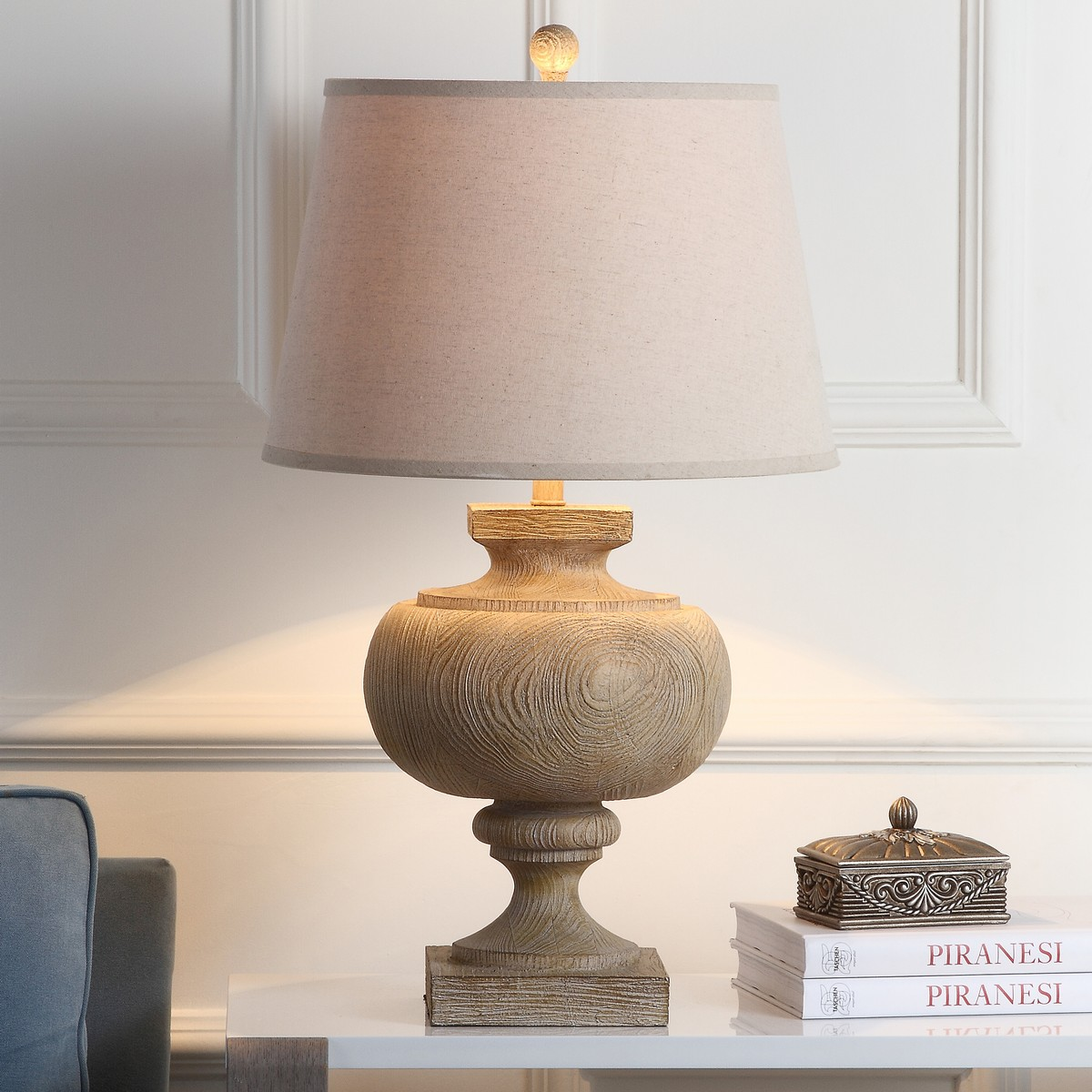 Tbl4063a Table Lamps Lighting By Safavieh