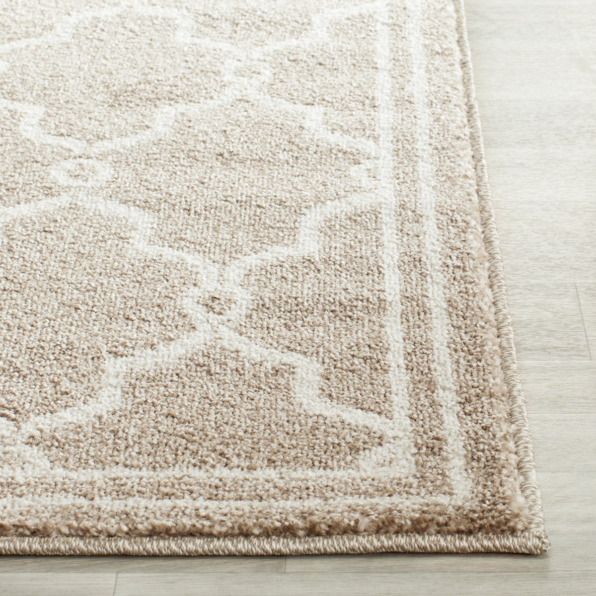 Rug Amt414s Amherst Area Rugs By Safavieh