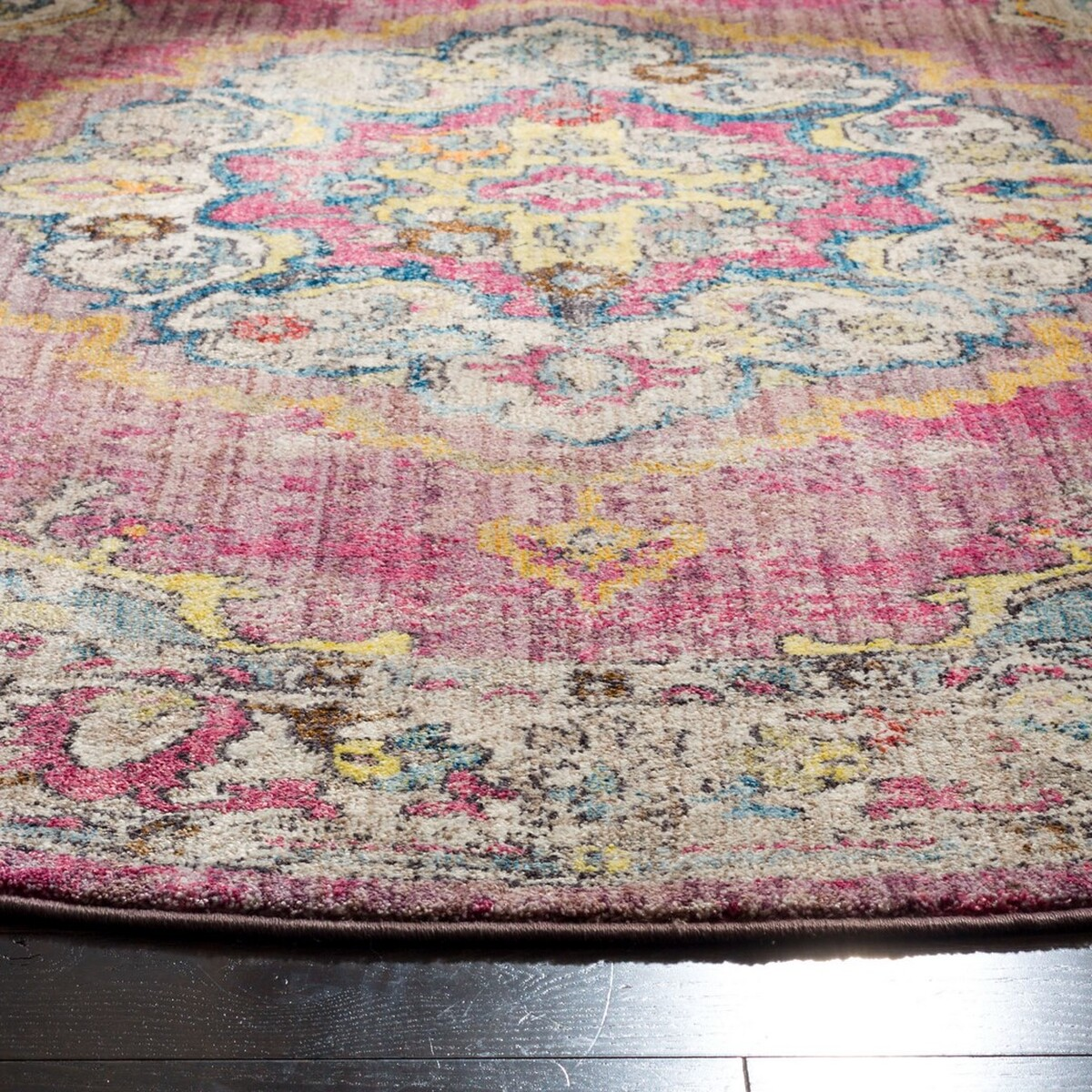 Rug Btl343r Bristol Area Rugs By Safavieh