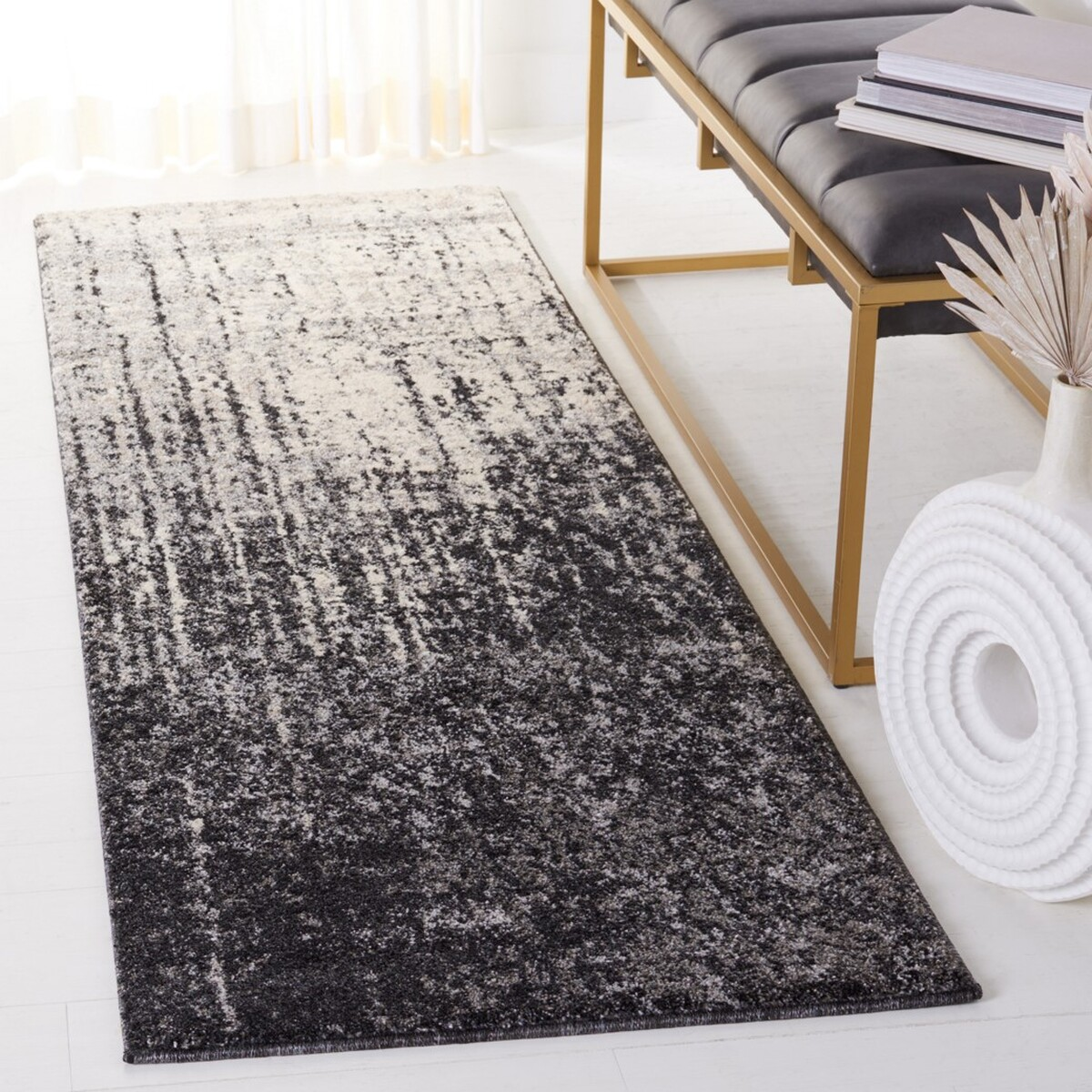 Retro Rugs Grey Amp Black 60 S Styled Area Rug Safavieh