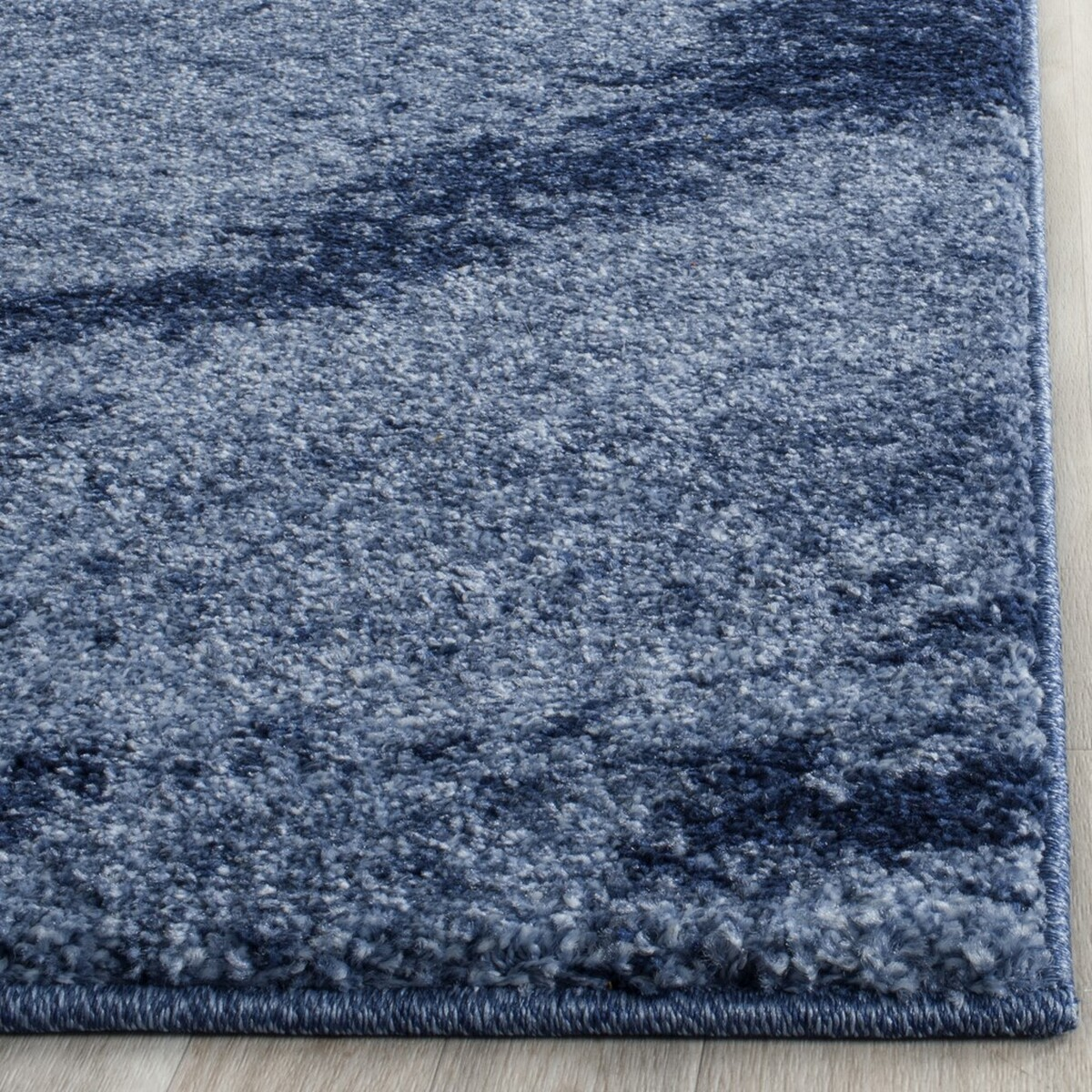 Blue Two Toned Retro Rug Retro Rugs Collection Safavieh