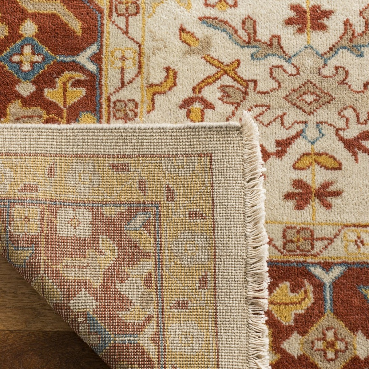 Rug Sul1067a Sultanabad Area Rugs By Safavieh