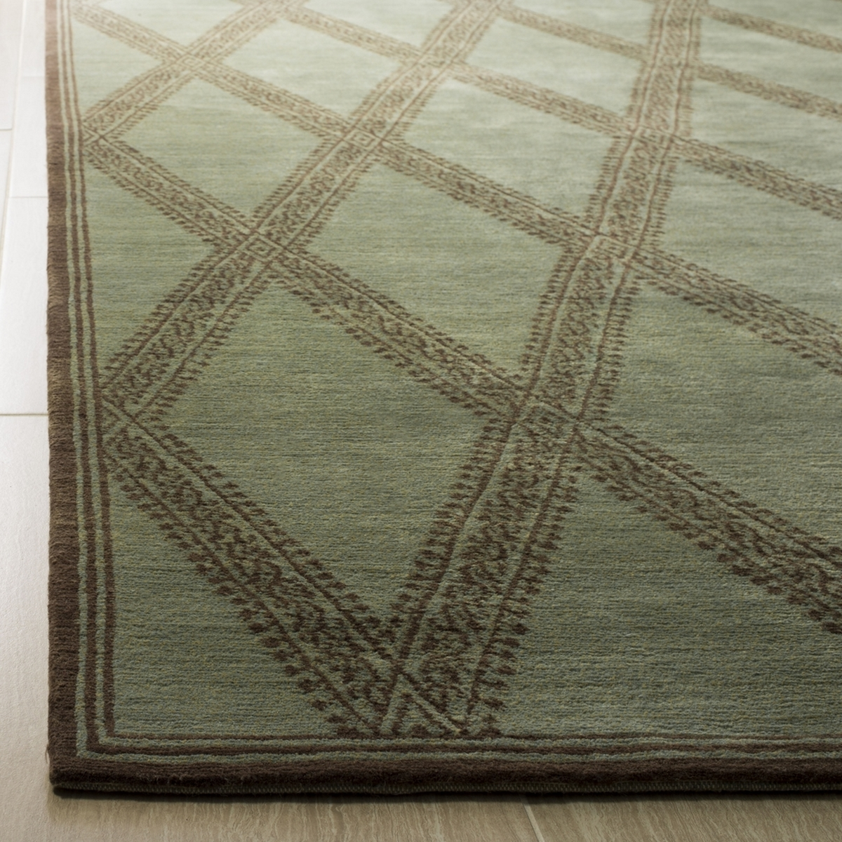 Distance From Fireplace To Rug: Thomas O'Brien Area Rugs By Safavieh